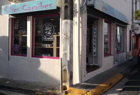 FOLIES CARAÏBES 13, rue Abbé Saffache - un olaisir pour touriste -