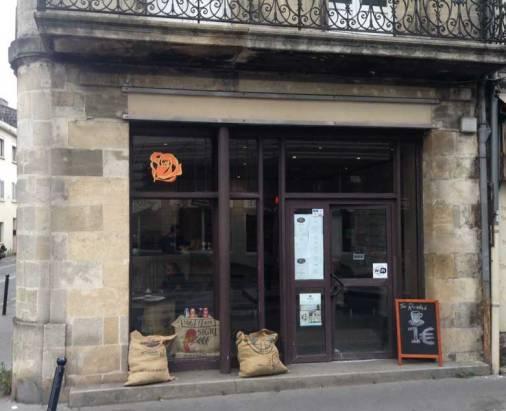 Y'a bon café chez jonathan 176, Cours de la Marne
