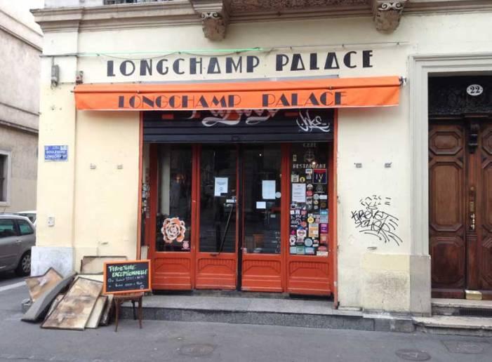22 Boulevard Longchamp. Pendant les travaux...