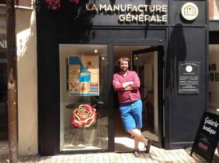 Ludovic, sur la photo et Pierre vous présente leurs services de graphistes