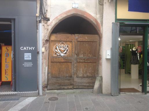 Porte rue du Touat